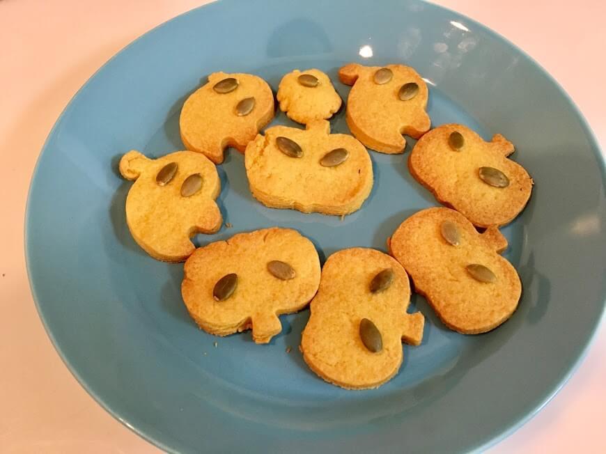 100均の材料で作るハロウィンクッキーが簡単すぎ♪急なおもてなしにもおすすめ!